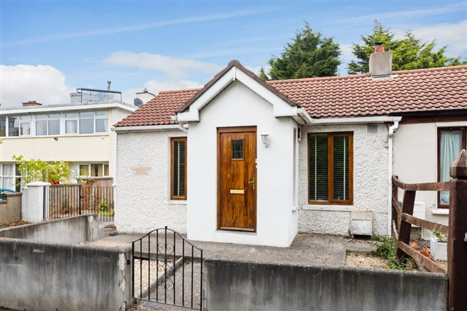 Main image for 1 Leicester House Cottage, Lansdowne Valley, Drimnagh, Dublin 12