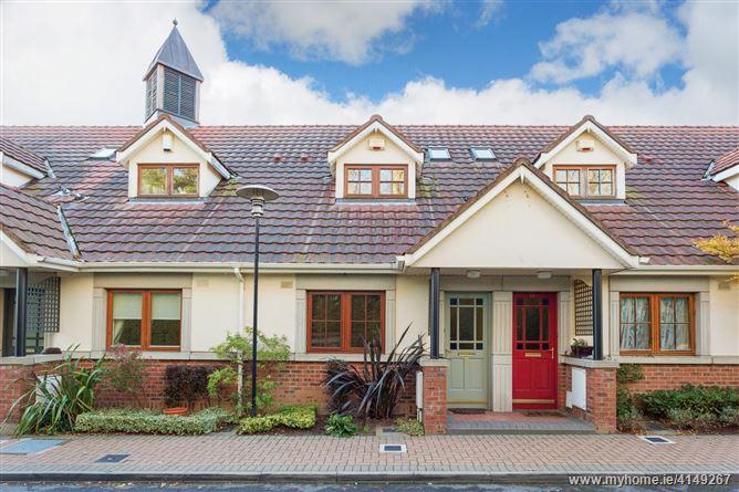 15 The Hedgerows, Foxrock Village, Foxrock, Dublin 18