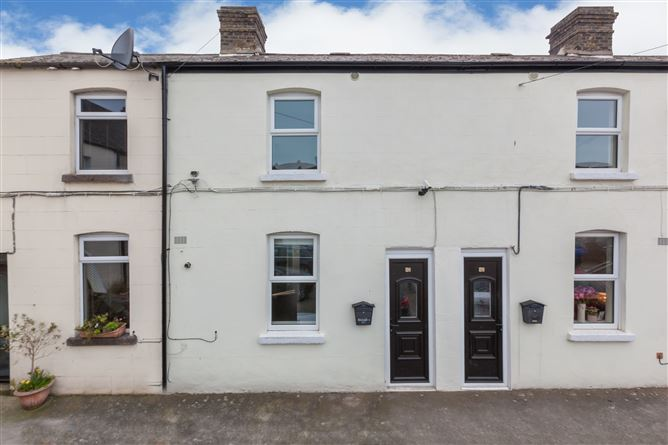63 Carlingford Parade, Grand Canal Dk, Dublin 2