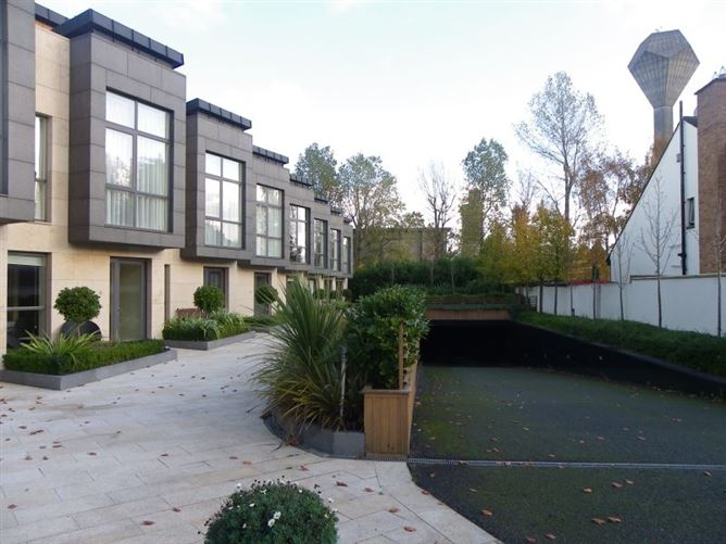 Main image for Longwood, Wynnsward Park, Clonskeagh, Dublin 14, Clonskeagh, Dublin 14