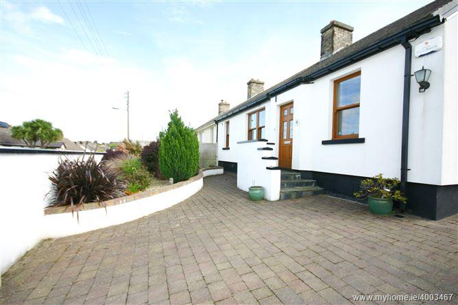 Photo of 13 Glenamuck Cottages, Glenamuck Rd, Carrickmines, Dublin 18