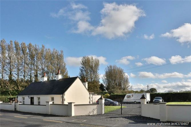 Main image for Mountain View House, Knockanina, Mountrath, Co Laois