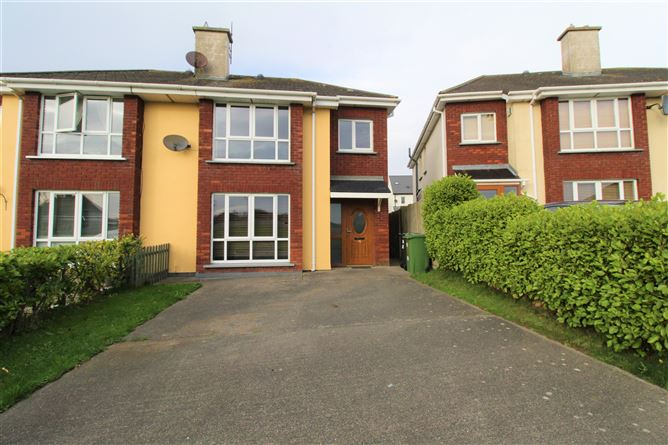 Main image for 11 The Green, Meadowvale, Arklow, Wicklow, Y14H683