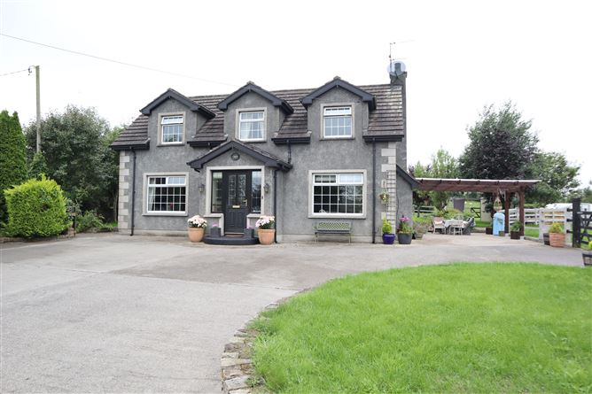 Main image for Ivy Cottage, Lattinalbany, Carrickmacross, Monaghan
