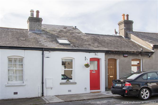 15 Coldwell Street, Glasthule,   South County Dublin