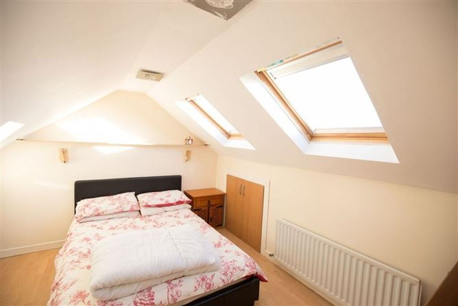 Main image for ✰ Fun and friendly couple ⋆ For short stays ✰, Dublin