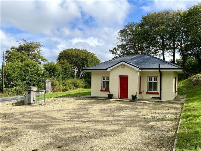 Main image for Ardbear,Clifden,Connemara,Co.Galway,H71R152