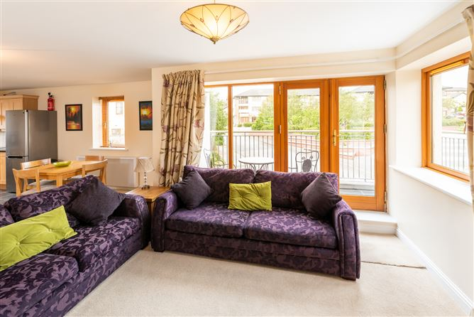 Main image for 6 The Court, Clonard Village, Wexford Town, Wexford