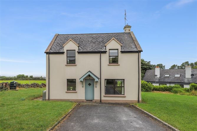 Main image for 17 The Green Road, Ballyvaughan, Clare