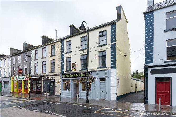 Main image for The Oak Cafe & Bar, Bridge Street, Ballyhaunis, Mayo
