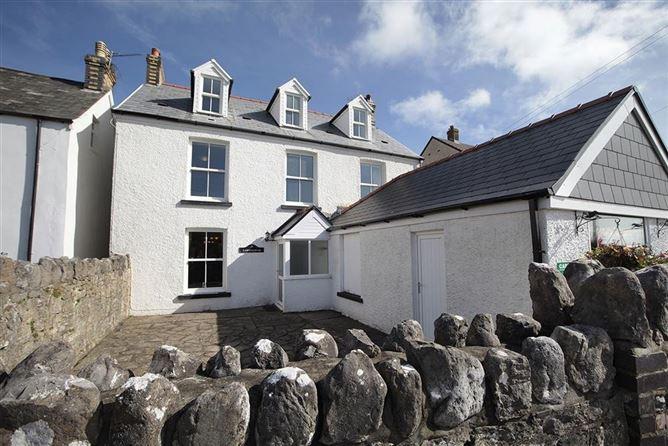 Main image for Carreg Lwyd Farmhouse,Gower,Swansea,Wales