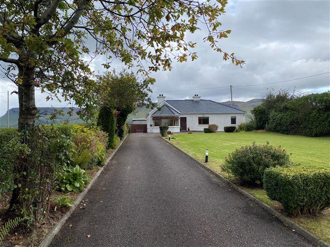 Main image for Seaview House, Drumcliff, Sligo