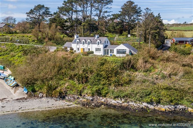 Main image for Pier Cottage, Colla Harbour, Schull, Cork