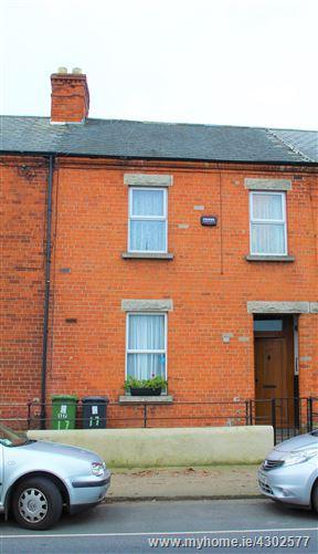17 St David's Terrace, North Circular Road, Dublin 7