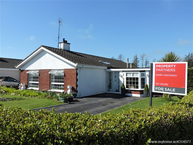 44 Pine Grove, Tramore, Waterford