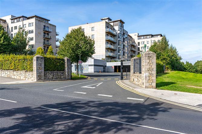 Main image for 44 The Willow, Parkview, Stepaside, Dublin 18