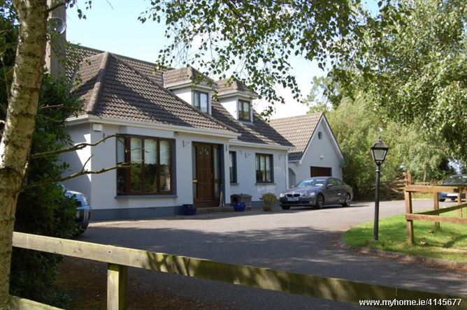 Friendly Country home, Ashbourne, Co. Meath