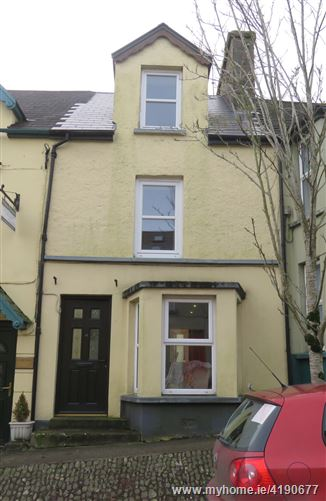 11 McCurtain Hill, Clonakilty, West Cork