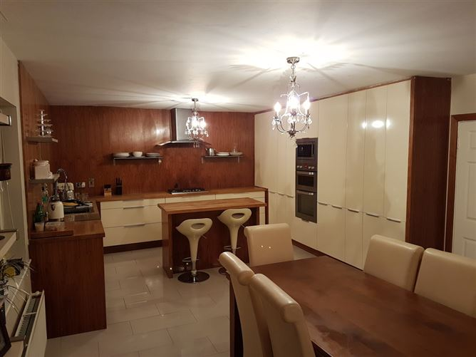 Main image for room to rent in family home, Portarlington, Co. Laois