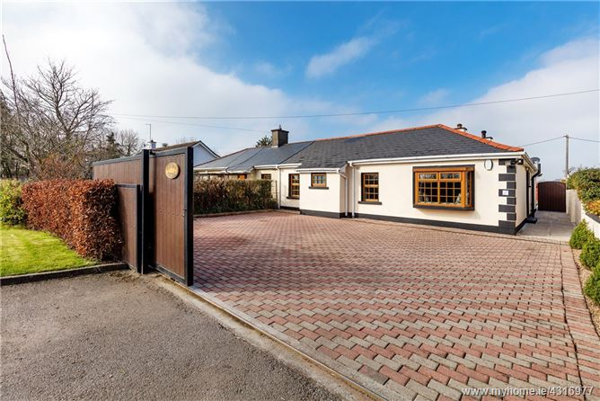 Main image for Barnhill Cottage, Barnhill, Clonsilla, Dublin 15, D15 C9DK