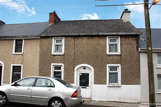32 Bewley Street, New Ross, Co. Wexford