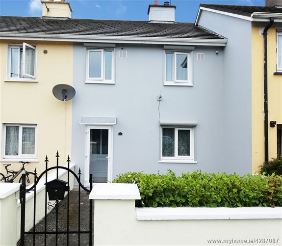 30 Batt Donegan Place, Charleville, Co. Cork