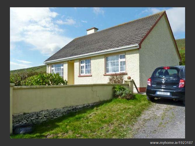Main image for St Finans Bay Cottage Beach Cottage,St Finian's Bay Cottage, St Finans Bay Cottage, St Finans Bay, Ballinskelligs, Ireland