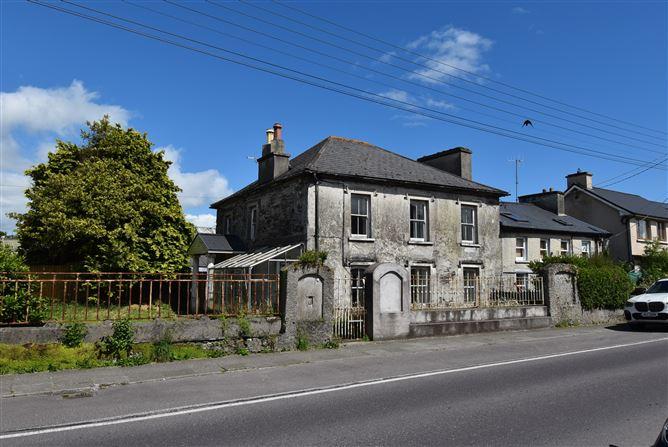 Main image for Brookvale House, Townshend Street, Skibbereen, Cork