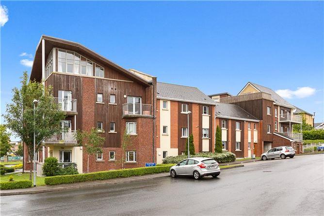 Main image for Penthouse 40 Cluain Shee, Aikens Village, Sandyford, Dublin 16