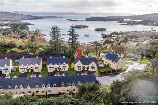 14 Reenmeen Woods, Glengarriff, West Cork