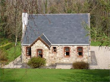 Photo of Lakeside Cottage (ref ZKX), Portroe, Co. Tipperary