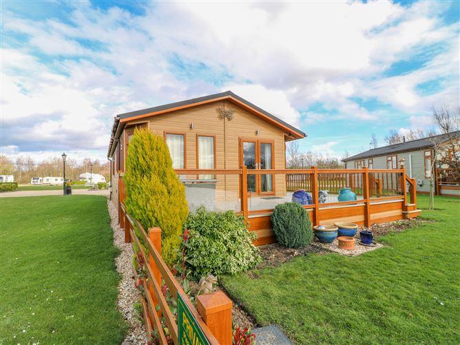 Main image for Lake View Lodge, BARKSTON, United Kingdom