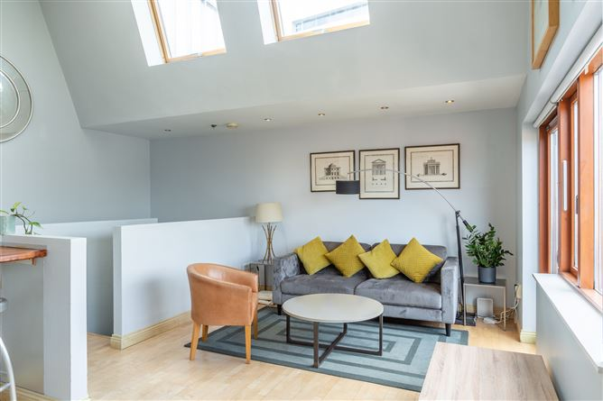 Main image for Apartment 21, Scarlet Row, Christchurch, Dublin 8