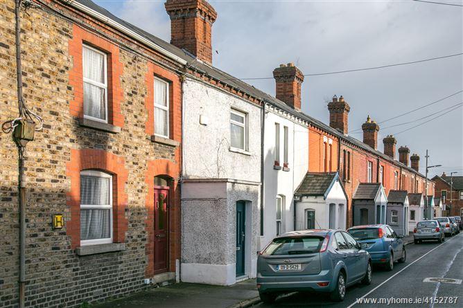 13 Avondale Avenue, Phibsboro,   Dublin 7