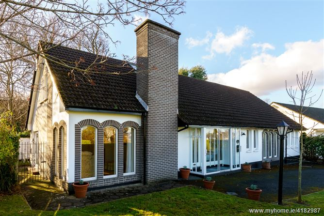 Tenchleigh, 9 The Thicket, Foxrock, Dublin