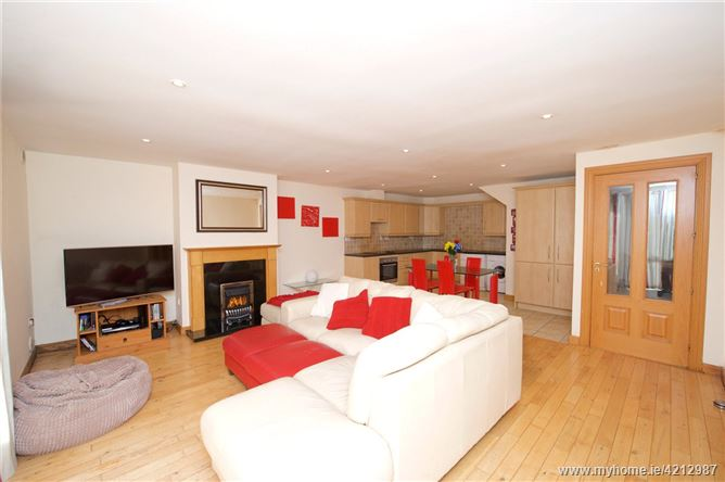 16 Glenmont, Silversprings, Cork, T23 EP22