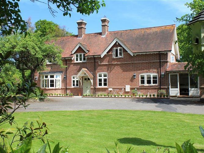 Main image for The Lodge at Bashley, NEW MILTON, United Kingdom