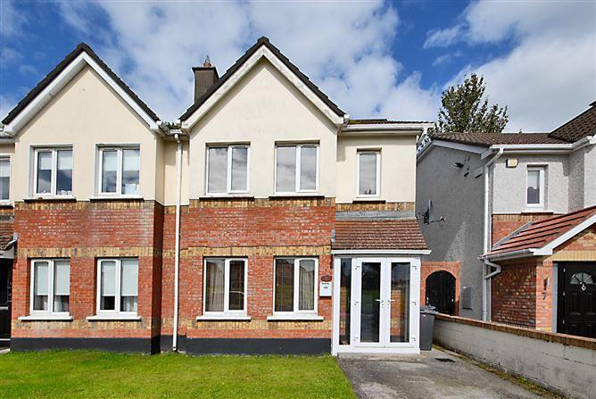 Main image for 8 Warrenstown Drive, Blanchardstown, Dublin 15