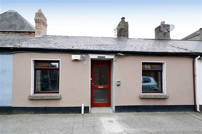 5 Malpas Terrace, Blackpits, Dublin 8