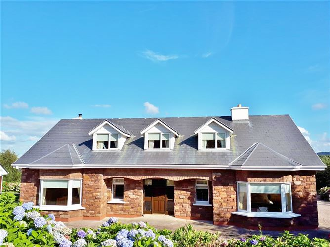 """Bramble House"" on c.3 Acres/ 1.21 Ha., Illaunstookagh, Killorglin, Cromane, Kerry"
