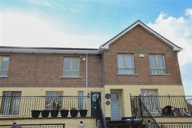 Main image for 15 Woodleigh Way , Blessington, Wicklow