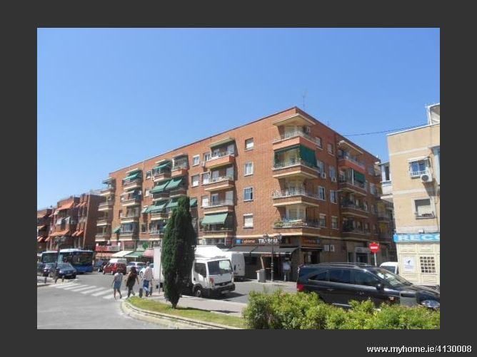 Calle SANTOÃ'A, 28026, Madrid Capital, Spain