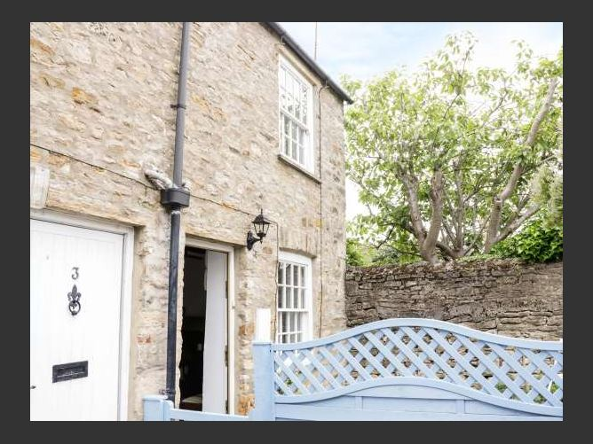 Main image for Olive Cottage, RICHMOND, United Kingdom