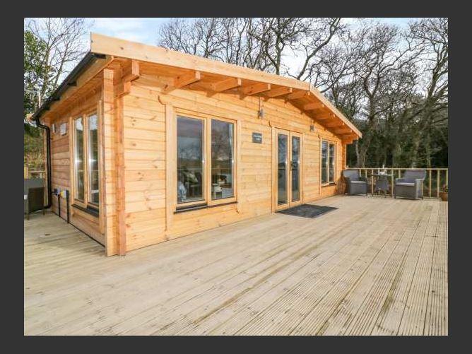 Main image for Little Orchard Lodge, GOONHAVERN, United Kingdom