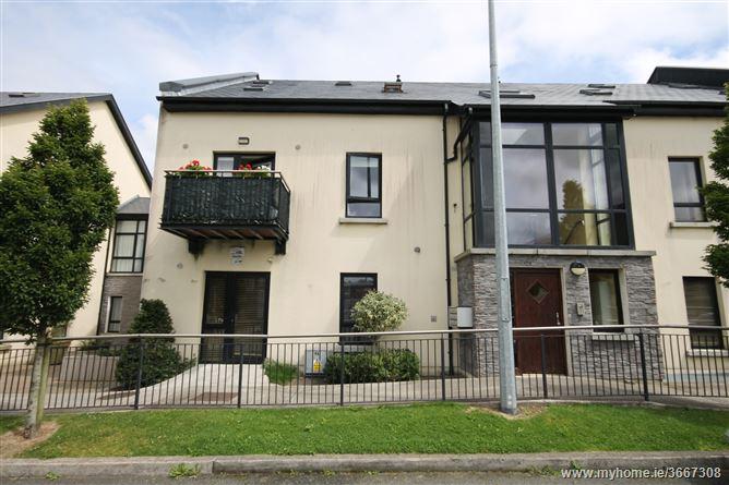 60 Slade Castle Avenue, Saggart, County Dublin