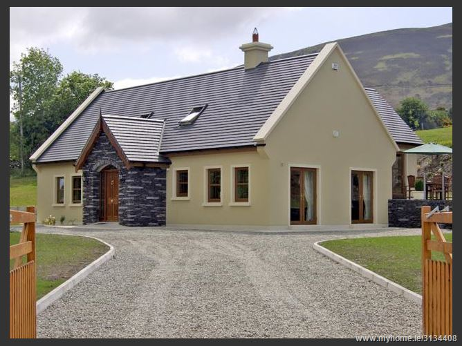Main image for Rocklands House,Cullina Upper Beaufort Killarney County Kerry