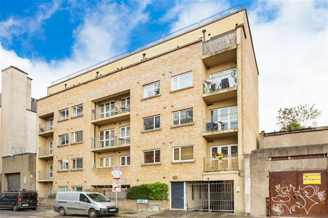 Main image for Apt 15, Atrium Apartments, 30 Island Street, South City Centre - D8, Dublin 8