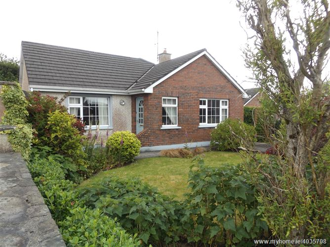 10 Manor Village, Westport Road, Castlebar, Mayo