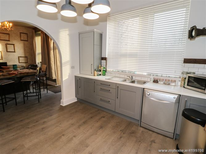 Main image for 183 Stainland Road,Holywell Green, West Yorkshire, United Kingdom