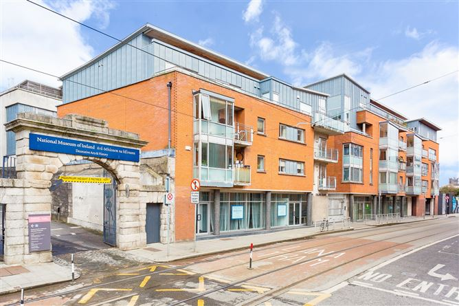 Main image for Collins Square, Benburb Street, Smithfield, Dublin 7, D07KP65